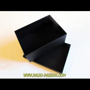 coffret cartonné noir (B09) pour presentation de  fossiles ou mineraux