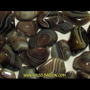 pierre roulée: agate a bandes