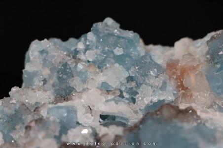 Blue Fluorite and quartz  En Bournegade - TARN - FRANCE