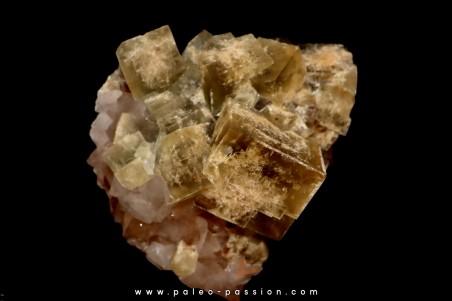 fluorine on quartz  Le Burc - FRANCE